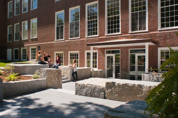 New entry plaza